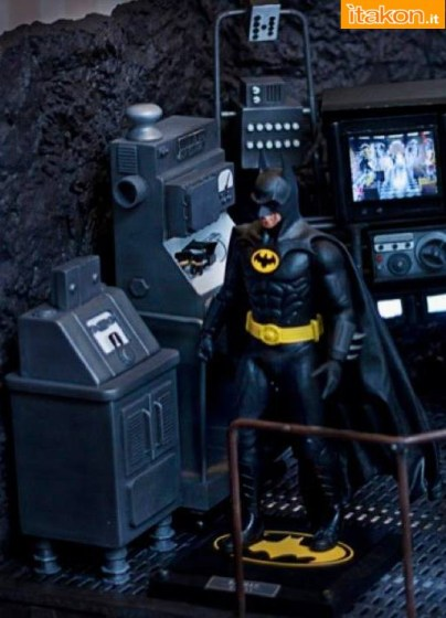 Geewhiz: Batman Cave 1989 Diorama 1/6 scale