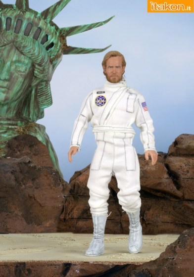 Planet-of-the-Apes-Taylor-Retro-Mego-Style-Figure-001
