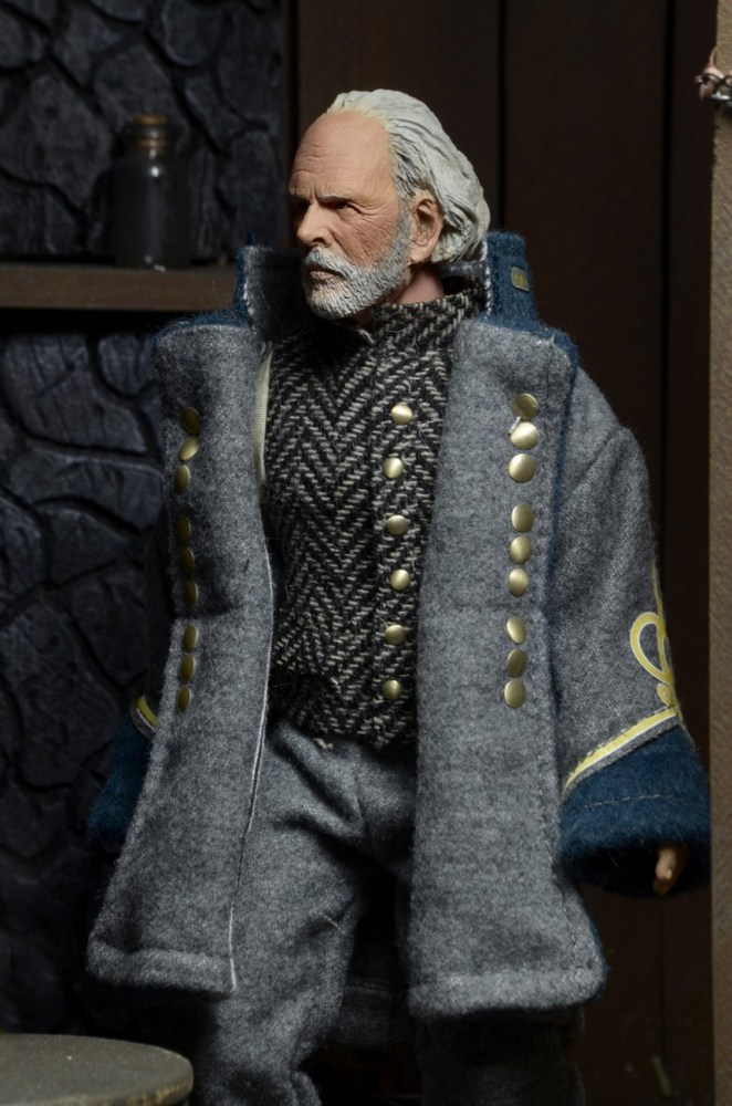 General Sandy Smithers (The Confederate) – Bruce Dern