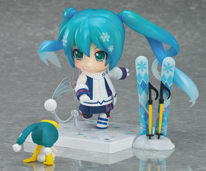 Nendoroid Snow Miku Snow Owl - GSC Wonder Excl pics 03