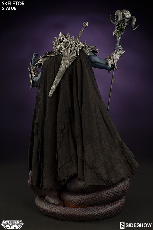 masters-of-the-universe-skeletor-statue-200460-05