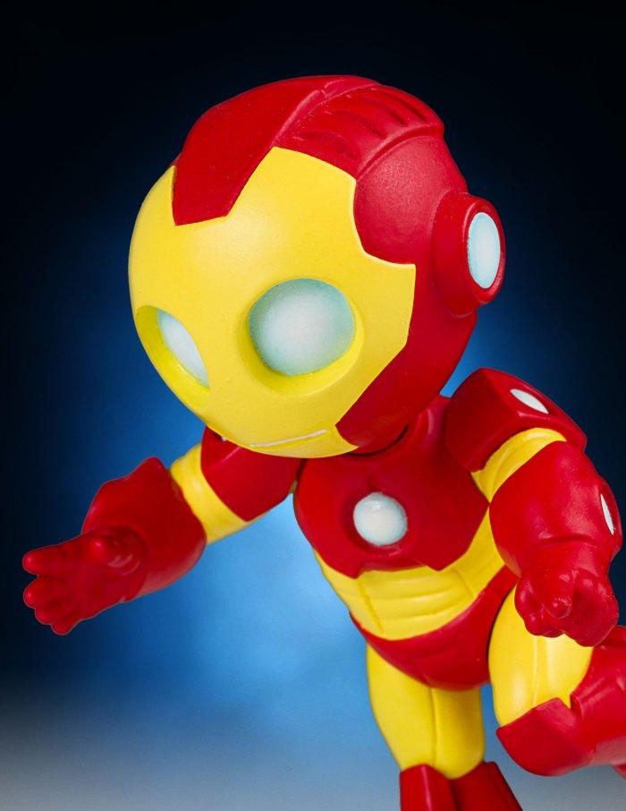 GG-Animated-Iron-Man-Statue-011