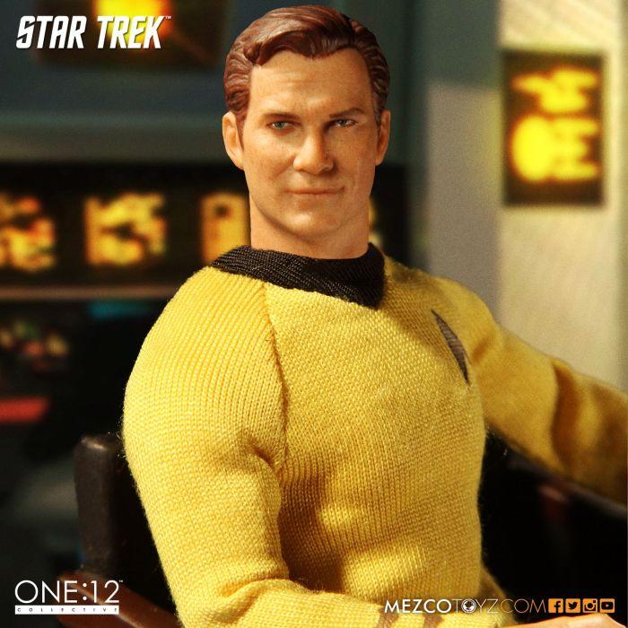 Mezco-Star-Trek-One12-Captain-Kirk-003