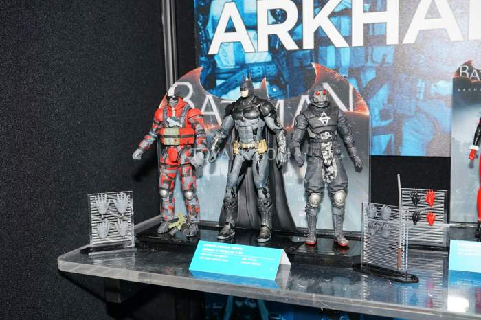 TF-2016-DC-Collectibles-Arkham-002