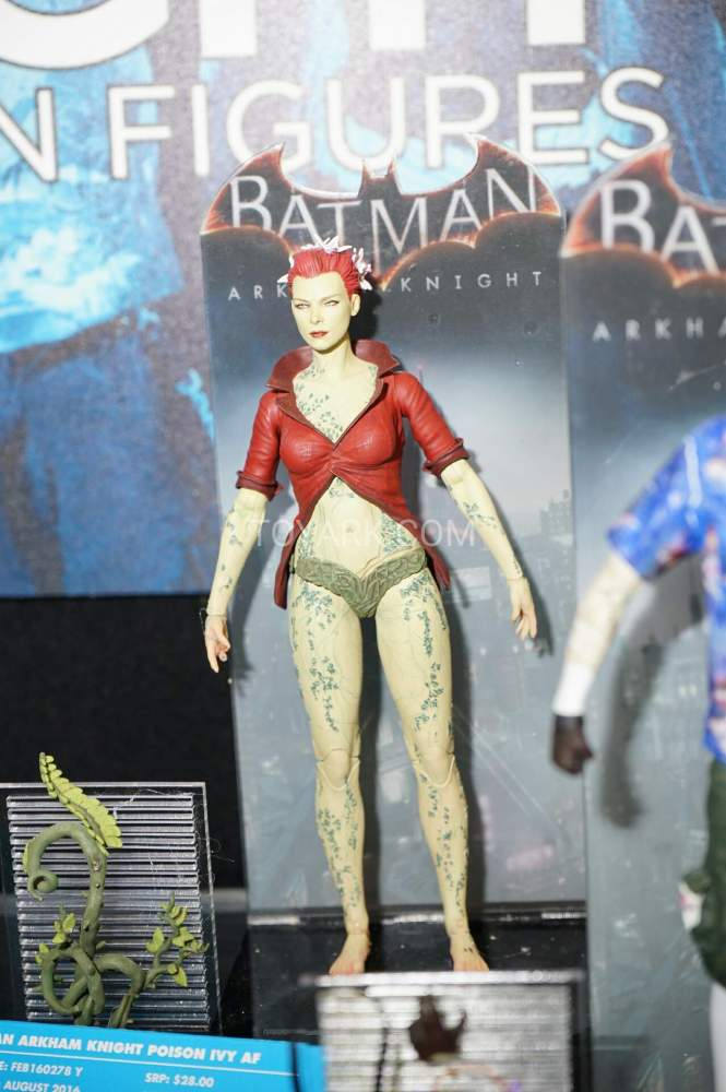 TF-2016-DC-Collectibles-Arkham-006
