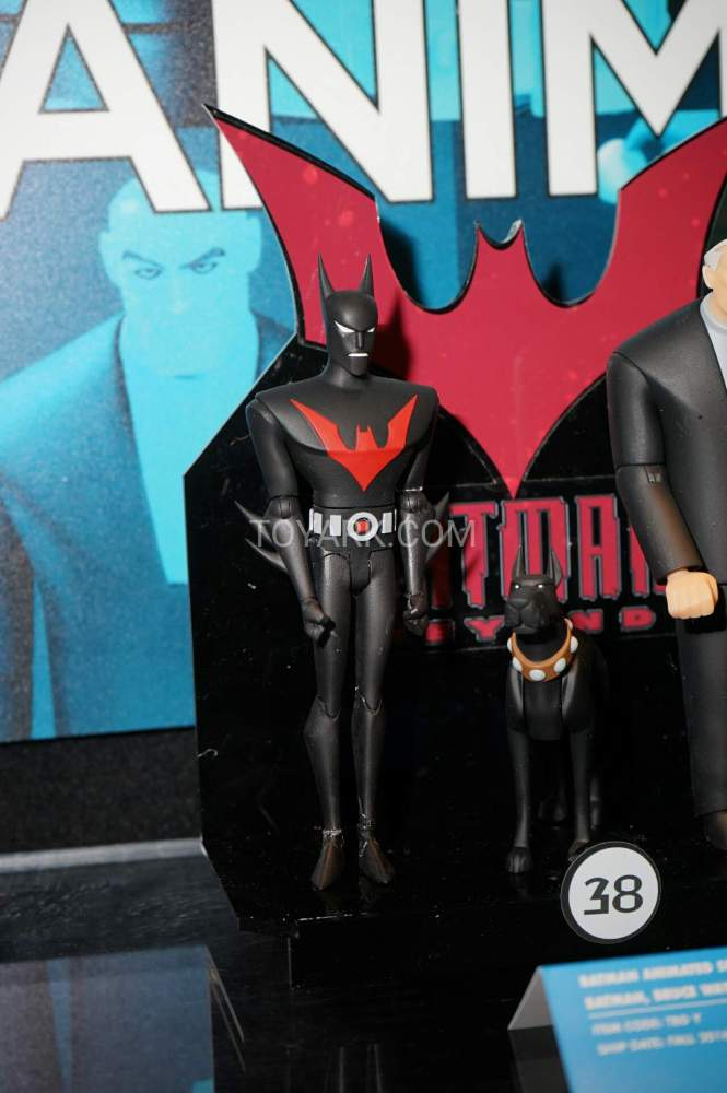 TF-2016-DC-Collectibles-Batman-Animated-022