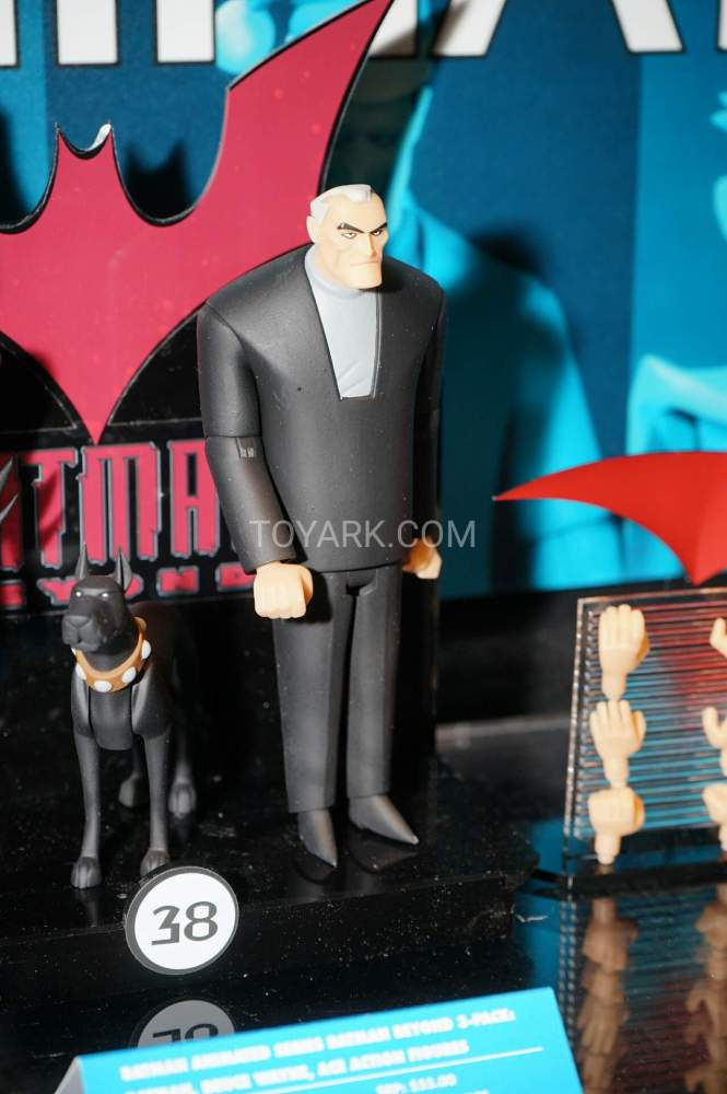 TF-2016-DC-Collectibles-Batman-Animated-025