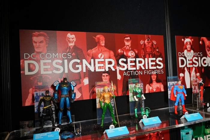 TF-2016-DC-Collectibles-Capullo-Designer-001