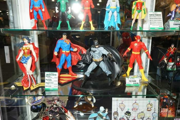 TF-2016-Kotobukiya-DC-Comics-017