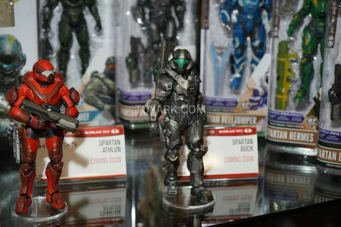 TF-2016-McFarlane-Video-Game-Figures-029