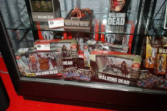 TF-2016-McFarlane-Walking-Dead-032