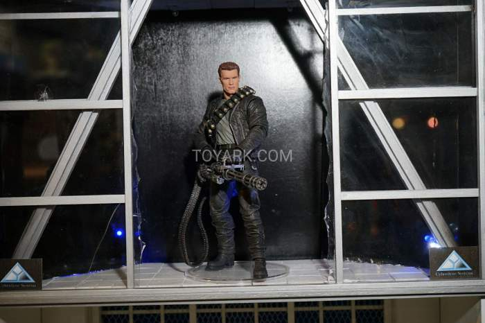 TF-2016-NECA-Terminator-006