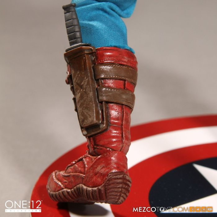 Captain-America-One12-Collective-006