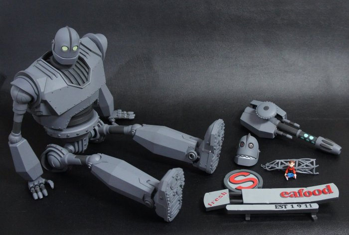 The IRON GIANT Mondo pics 08