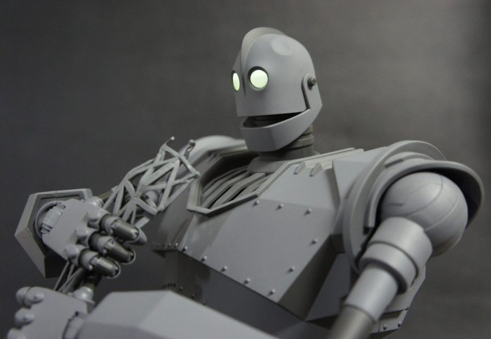 The IRON GIANT Mondo pics 12