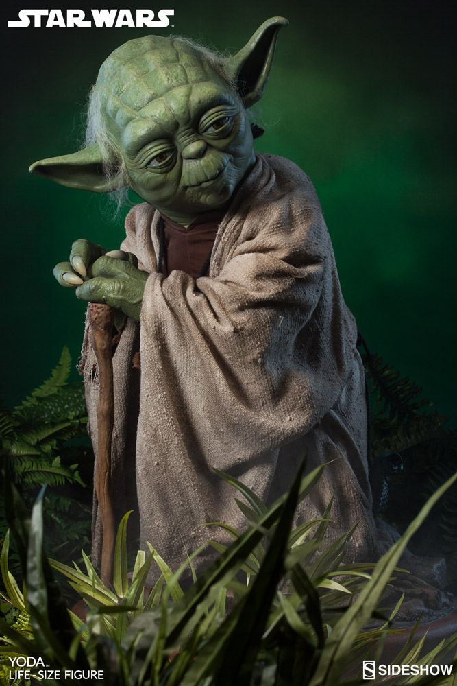 Sideshow-Life-Size-Yoda-Replica-009
