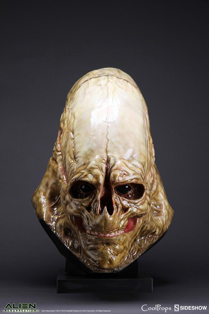 alien-resurrection-alien-newborn-life-size-head-coolprops-902730-07