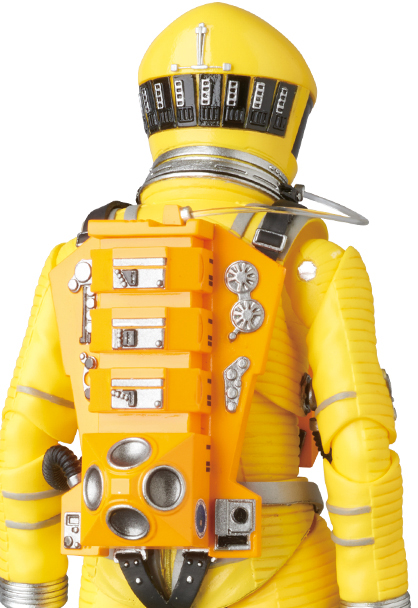 MAFEX-2001-Space-Suit-Yellow-005