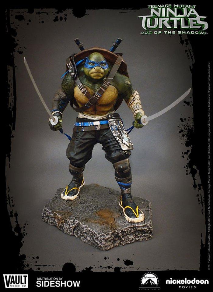 Vault-TMNT2-Leonardo-Statue-001