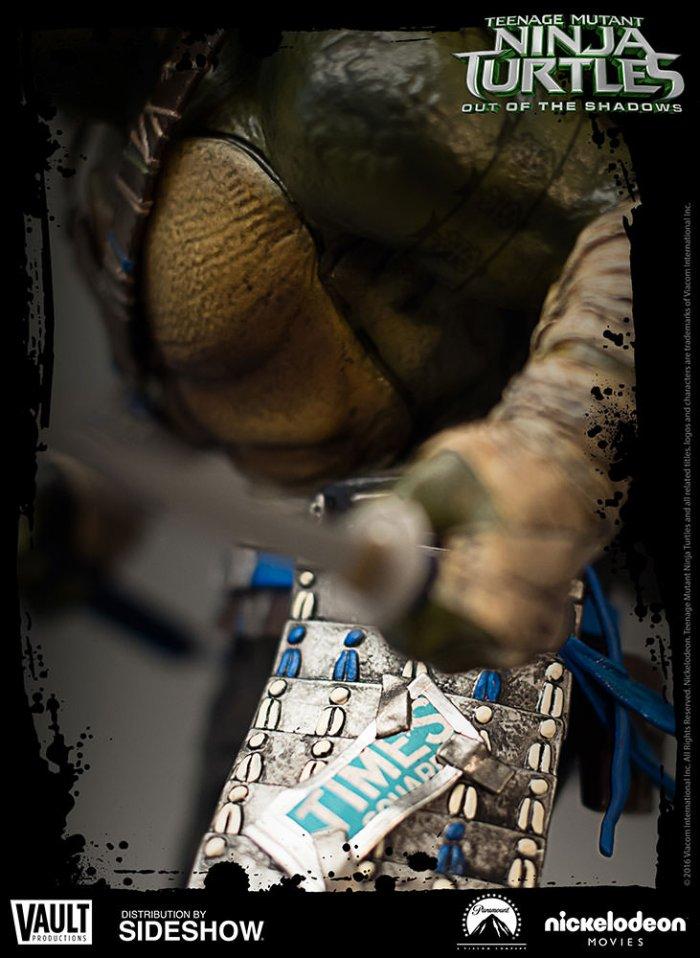 Vault-TMNT2-Leonardo-Statue-002