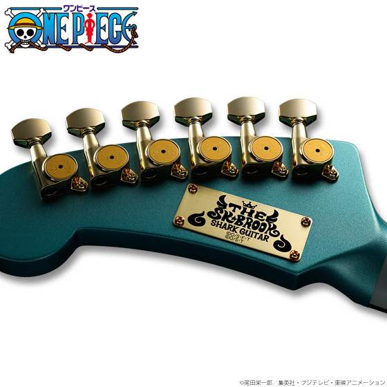 Brook's_Shark_Guitar (2)