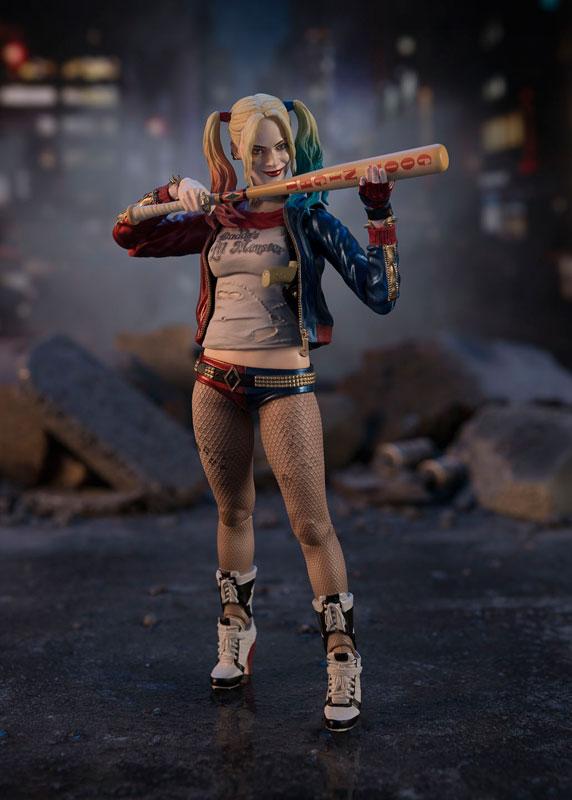Harley Quinn SH Figuarts Bandai pre 01