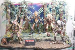 SDCC-2016-NECA-AvP-and-Predators-002