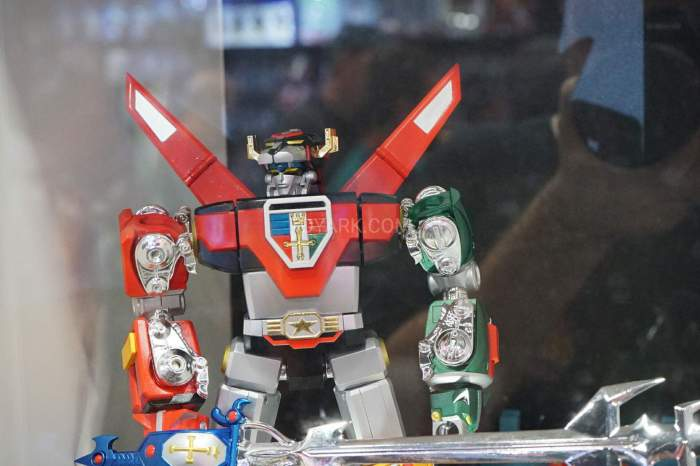 SDCC-2016-SOC-voltron-003