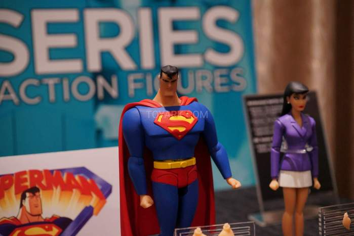 SDCC2016-DC-Animated-020
