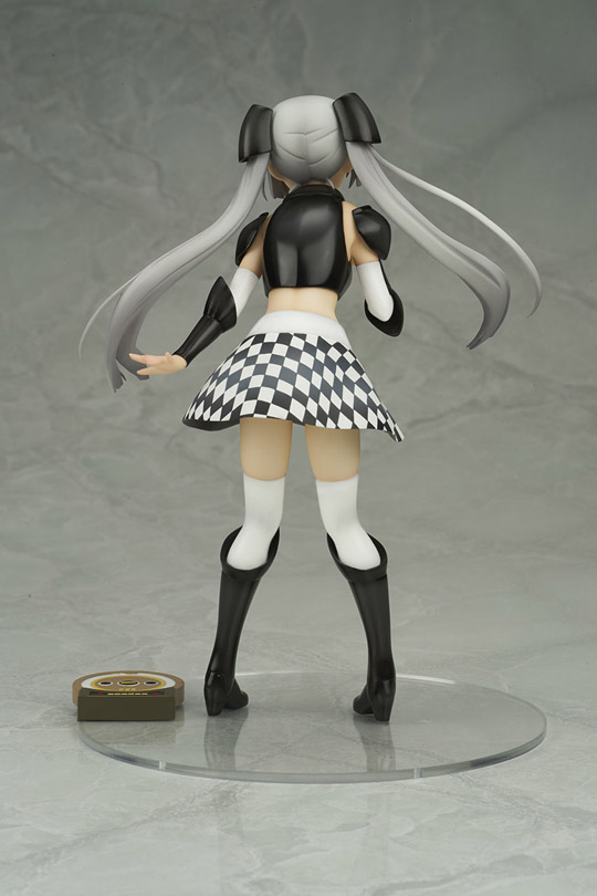Miss Monochrome2