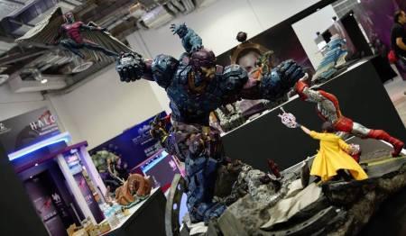 X-men VS Sentinel