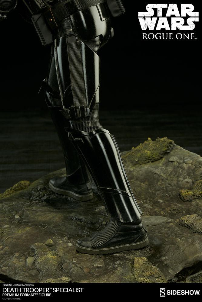 star-wars-rogue1-death-trooper-specialist-premium-format-300530-13