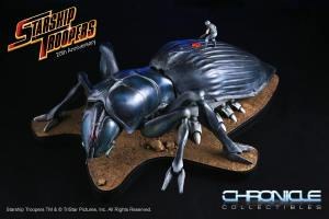 chronicle-starship-troopers-tanker-bug-statue-001