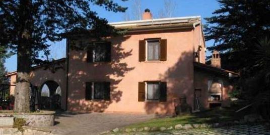 Тосканский дом в Кастаньето Кардуччи