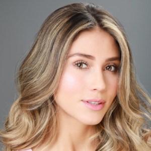 Actriz y Modelo Lina Cardona
