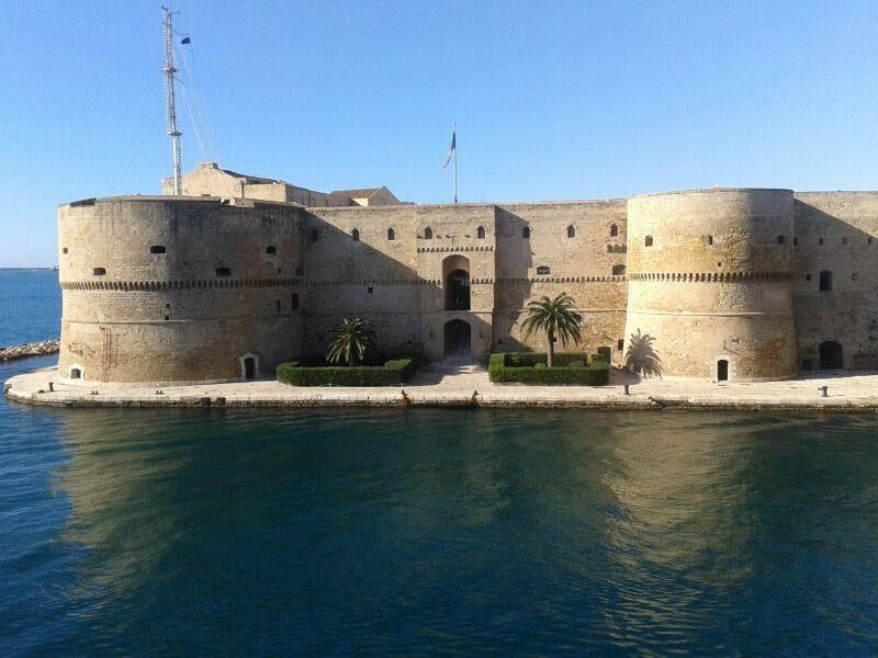 Il castello aragonese di Taranto (Taranto), Puglia, Italia