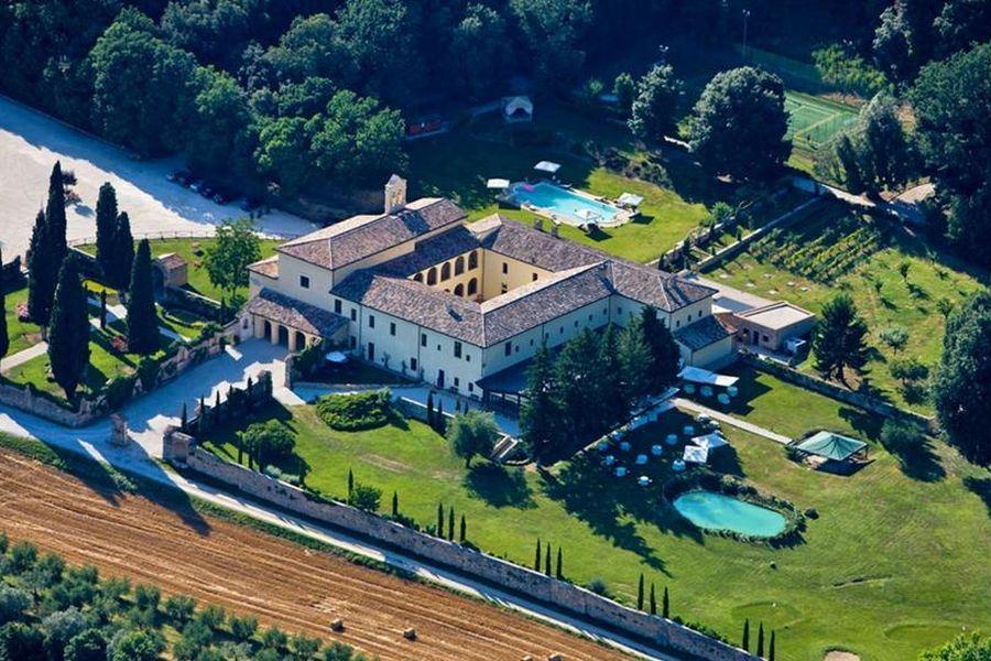 Offerte di Capodanno al Convento a Massa Martana in Umbria