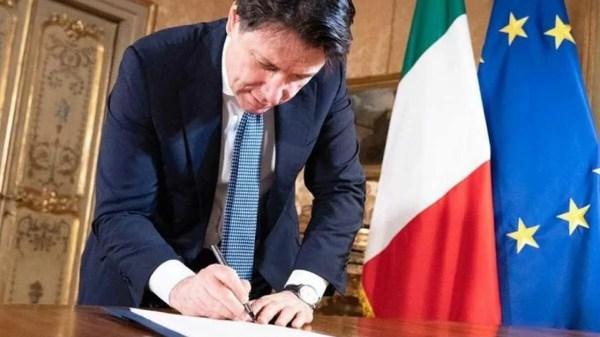 Giuseppe Conte aprova 'Bônus férias'