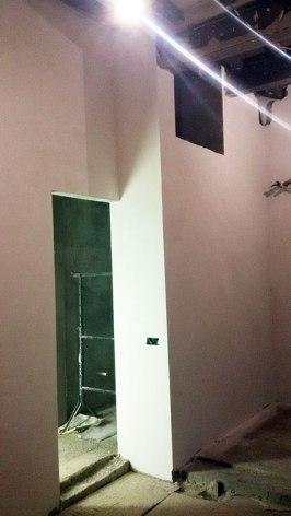 Entry to bathroom