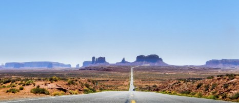 Road view of Monument Valley