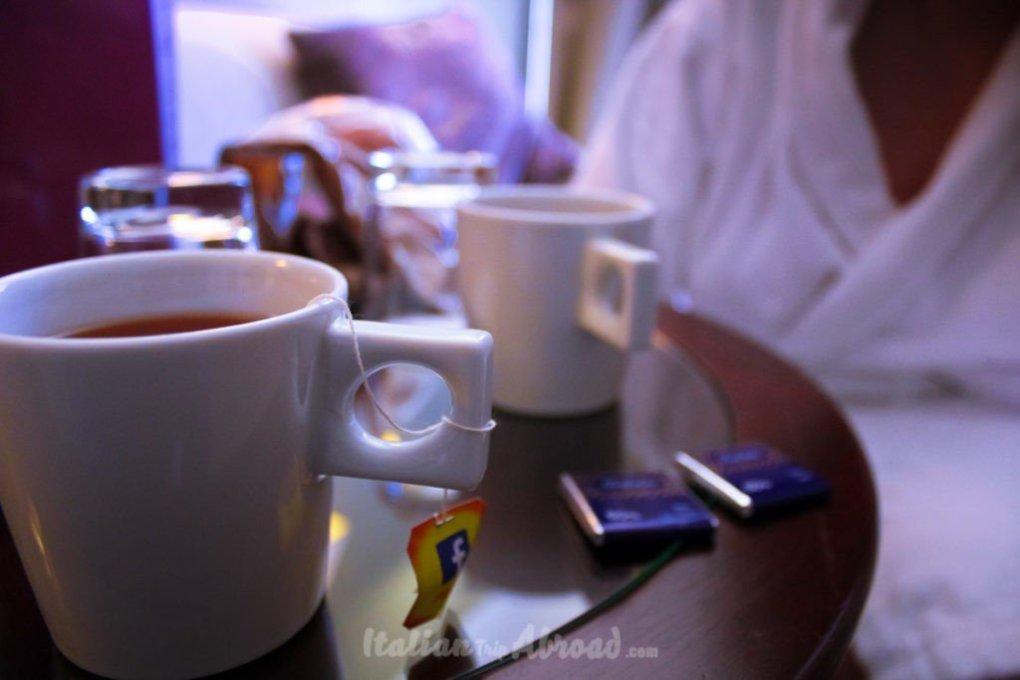 breakfast in the luxury room in Porto - Portugal - Italian Trip Abroad