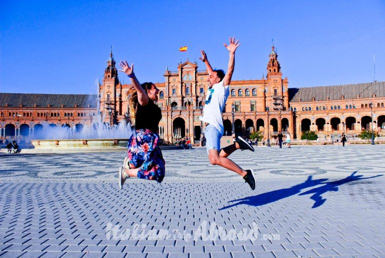 toti and alessia super jump in Sevilla Spain plaza de espana