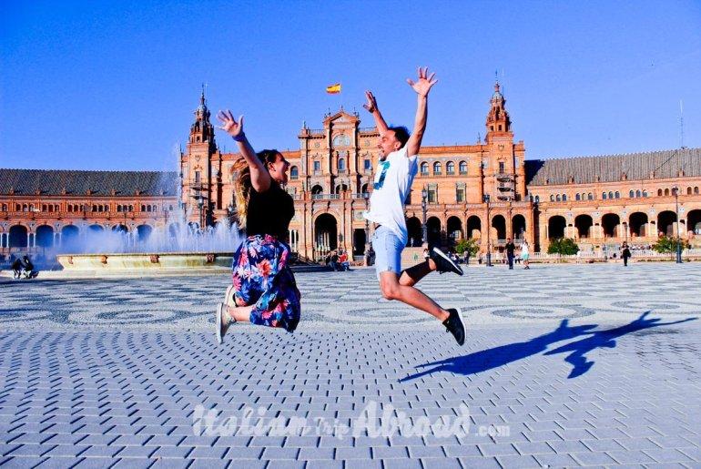 toti and alessia super jump in Sevilla Spain plaza de espana