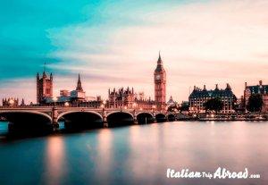 Prettiest streets in London - Uk - View on London Bridge and Big Ben