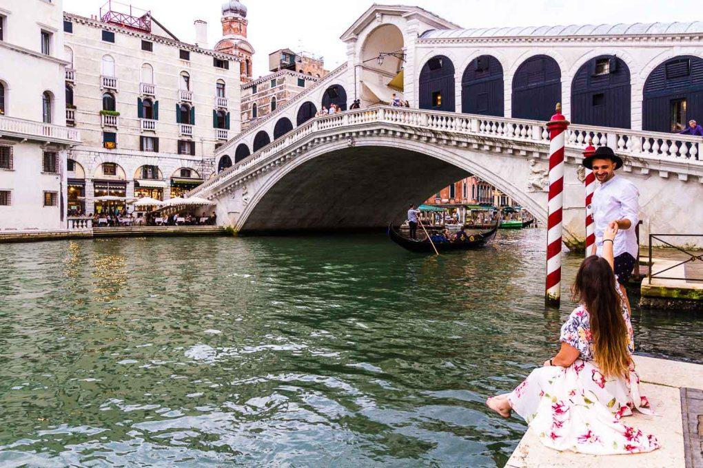 Ponte di Rialto - Rialto Bridge of Venice | Best photography spots in Venice