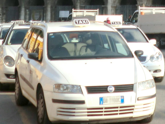 イタリアのタクシー