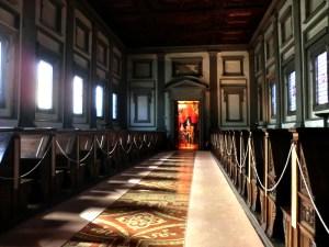 フィレンツェ ラウレンツィアーナ図書館