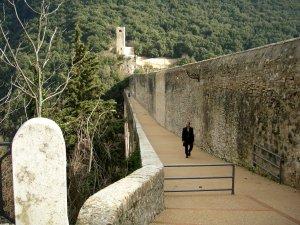 塔の橋の遊歩道
