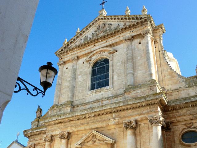 ロコロトンドの教会