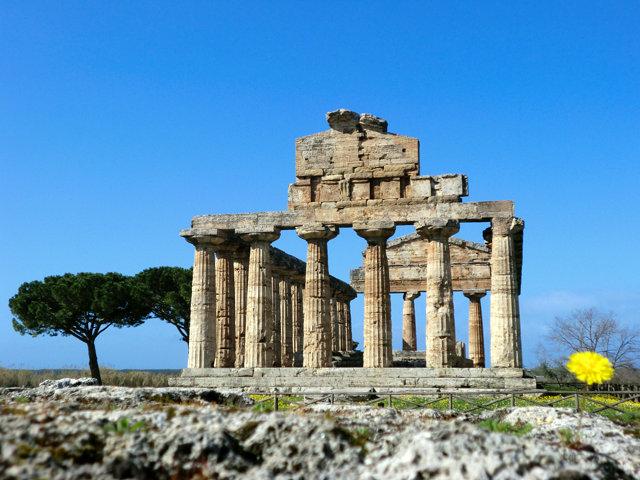 パエストゥム遺跡ケレス神殿